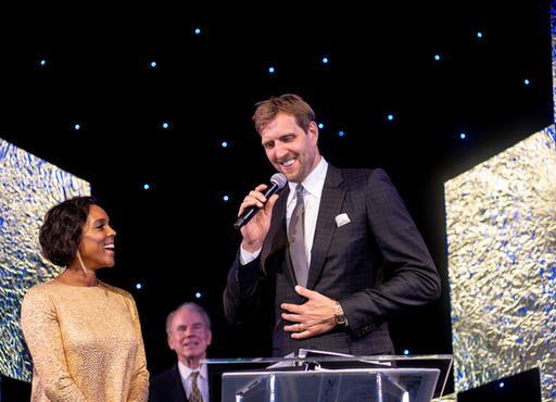 Jessica and Dirk Nowitzki accept award.jpg
