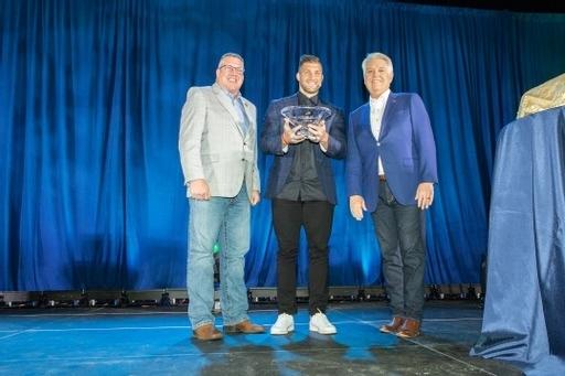 Tim Tebow Receives Zig Ziglar Award