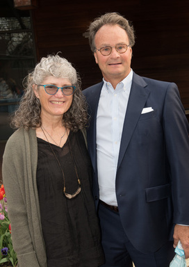 Carolyn and Ken Barth