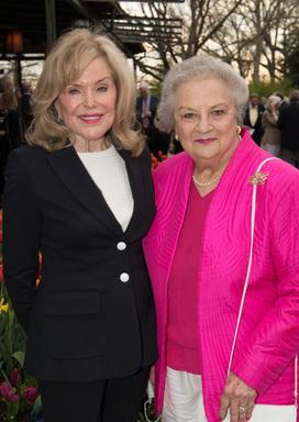 Nancy Greenbach, Carol Kelley