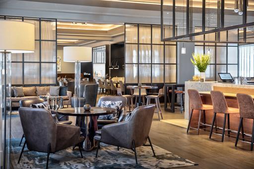 Open Palette Bar at Sheraton Dallas Hotel.jpg